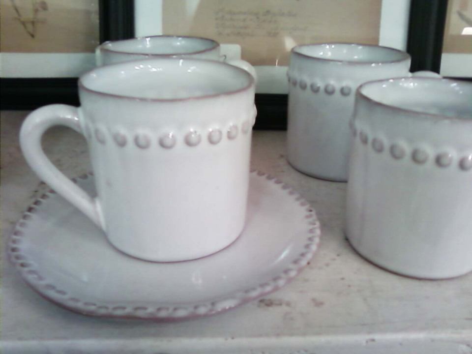 Tea cups&saucers